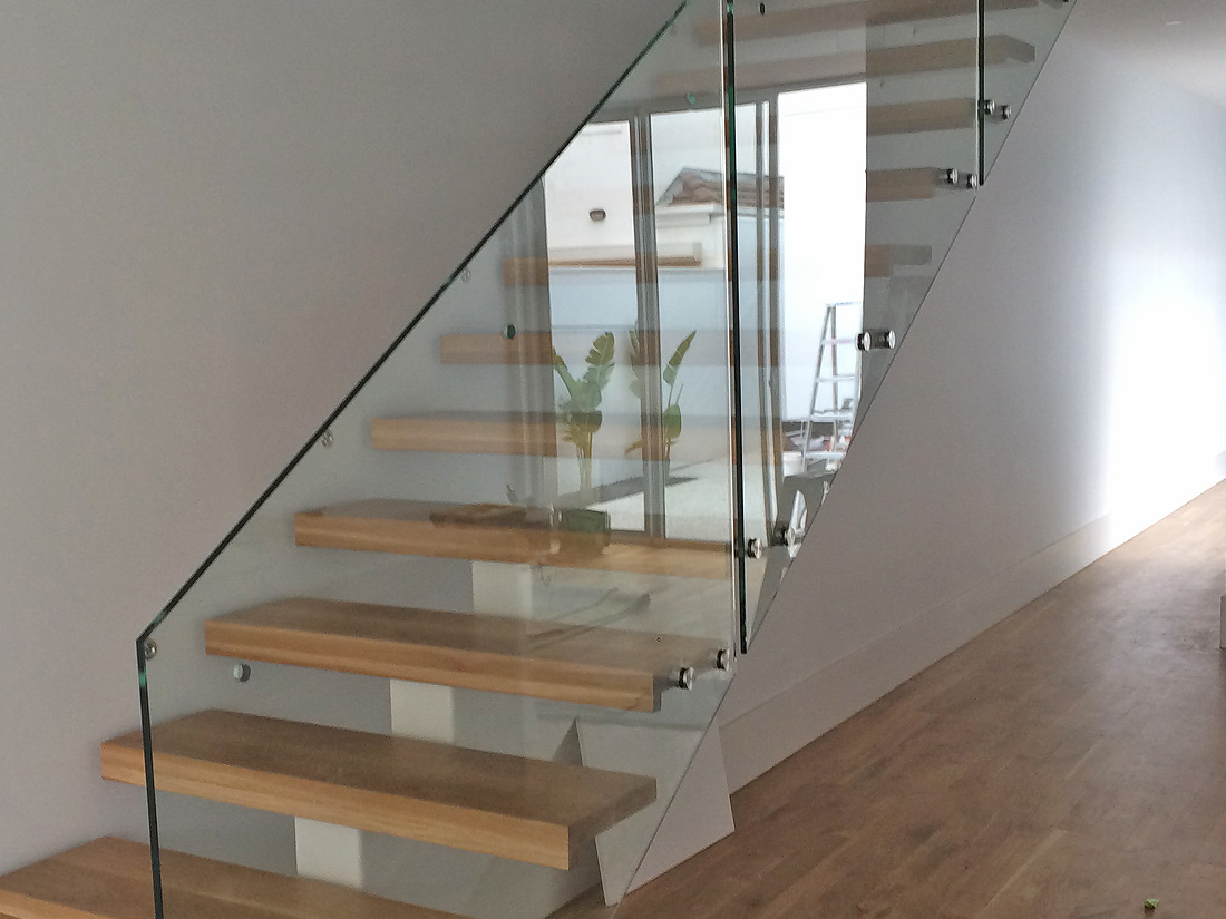 Glass Staircase Balustrade Adelaide